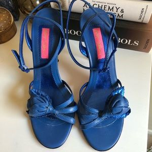 Betsey Johnson | VTG Blue Rose Strappy Heel